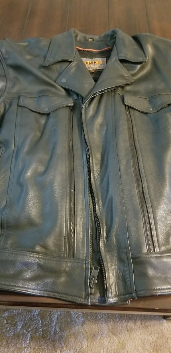Leather riding jacket 5e2193cd-1295-40c7-b9de-da223178bd94