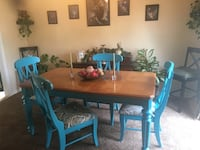 Dining table and chairs Locust Grove, 22508