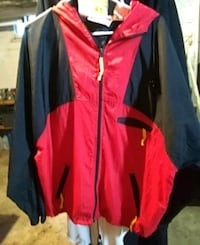 red and black zip-up marboro jacket Janesville, 53548