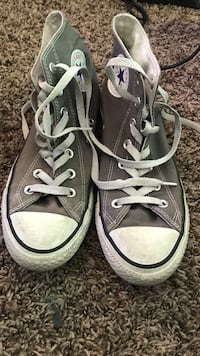 Pair of gray converse all star low-top sneakers Sandy, 84070