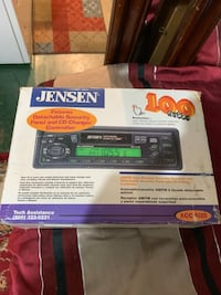 Jensen car radio  34 km