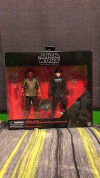 Star Wars The Black Series Admiral Ackbar/First Order Officer TRU Exclusive  Burlington, L7M 2P1