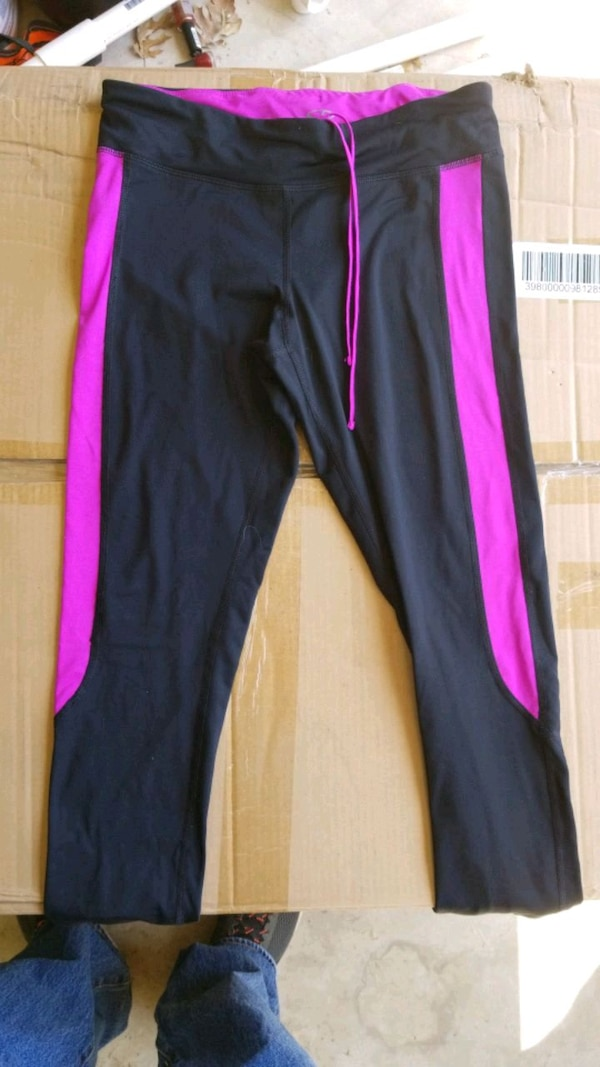 bd39cd8985 Used black and pink sweat pants for sale in Rockwall - letgo