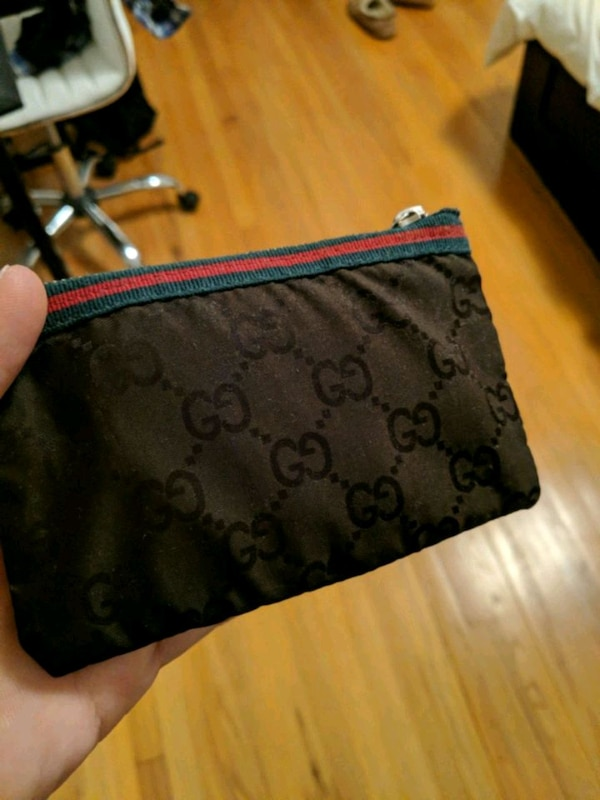 Gucci coin wallet