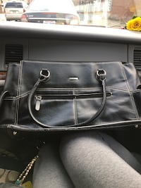 black leather 2-way handbag Columbus, 43205
