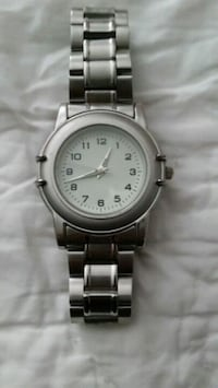 Mans Watch  252 mi