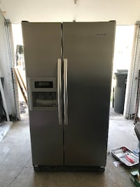 Refrigerator, Stainless Steal CLEVELAND