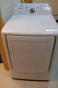 Washer dryer set