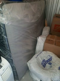 Queen Bed Mattress - Leon's(3 months used) Mississauga, L5N