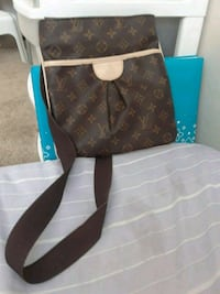 Women's LV side bag  Edmonton, T5E 5S3