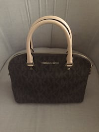 Black and gray michael kors leather tote bag Los Angeles, 91335