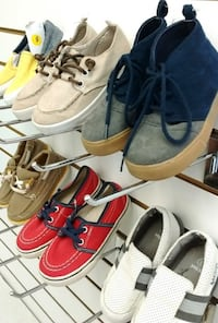 (23A) Casual shoes for boys Toronto