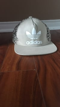 white and gray Adidas cap Toronto, M5T
