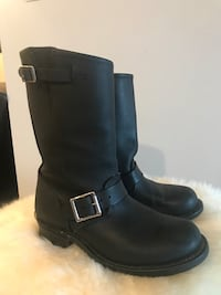 FRYE boots. Size 6