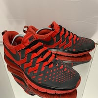 Nike Air Max Fingertrap running shoes Mens Size 10 Las Vegas, 89129
