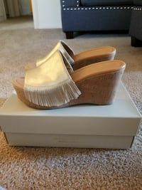 Size 9 Marc Fisher wedges
