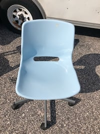 Blue desk chair 73 km