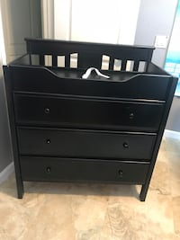 Black dresser/changing table with safety belt Chino, 91708