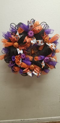 purple, pink, and white floral wreath Baytown