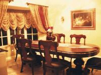 Beautiful dining room Pembroke Pines, 33024