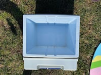 Small cooler Annandale, 22003