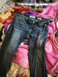 Day trip jeans size 26 barely worn