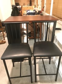 Great small table with chairs Sausalito, 94965