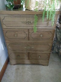 Real wooden dresser. Must pick up. Winchester, 22603