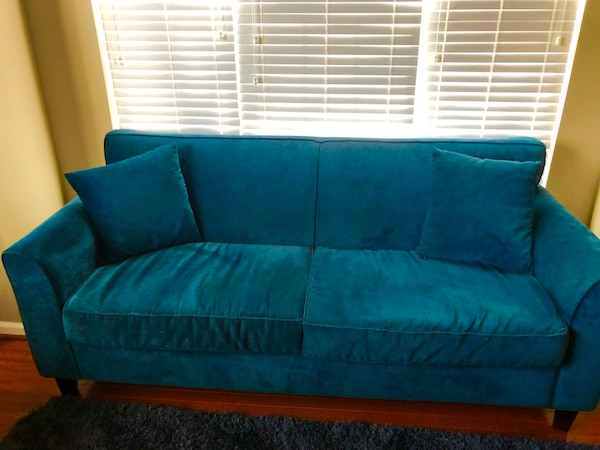 Blue Couch. Great Condition