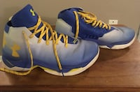 Steph Curry's size men's 9.5 Moore, 73160