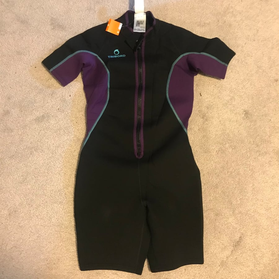 Women wetsuit new with tag