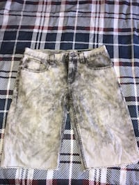 Grey and White Denim Shorts Vaughan, L4L 9R4