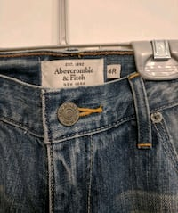 Abercrombie and Fitch Jeans - size 4 Toronto