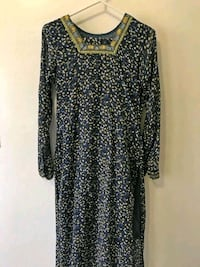 Black and white floral long-sleeved dress Toronto, M1B 6C3