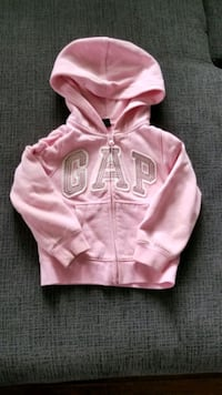 GAP sweater 4t Toronto, M1J 1V1