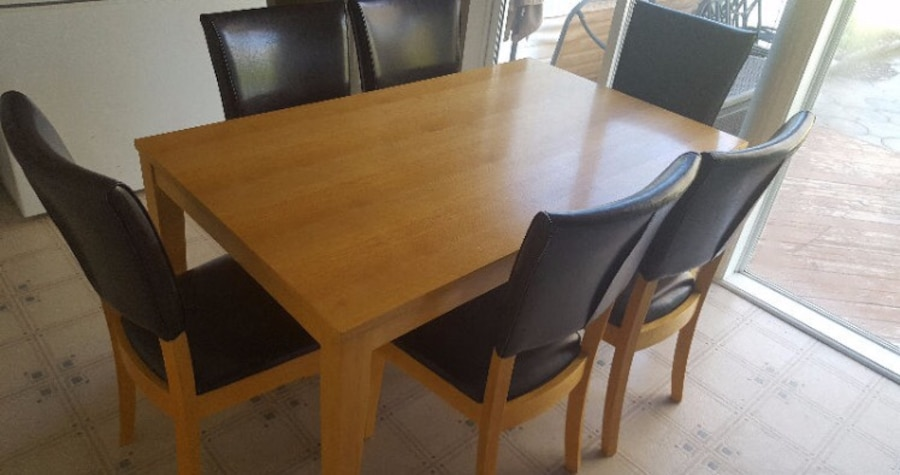 Sold Wood Dining Table 6 Leather Chairs In Guelph Letgo