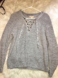 Gray and white knitted sweater Gordonville, 76245
