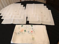 Vintage White Appliqué and Embroidered Table Cloth and 8 Napkins Markham, L3T 3L4