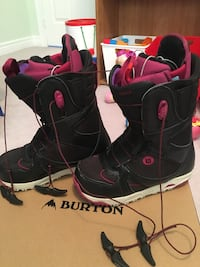 pair of black-and-pink Burton snowboard boots with box Whitchurch-Stouffville