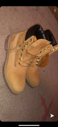 Wheat timbs Des Moines, 50320