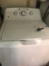 white top-load clothes washer Roanoke, 24012