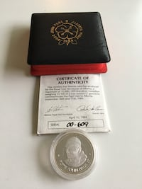 1984 Vintage & Rare Papal Visit Canada Commemorative Fine Silver Medallion Calgary, T2R 0S8