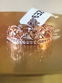 SIZE 9 ROSE GOLD CROWN RING Edmonton, T6E 0R2