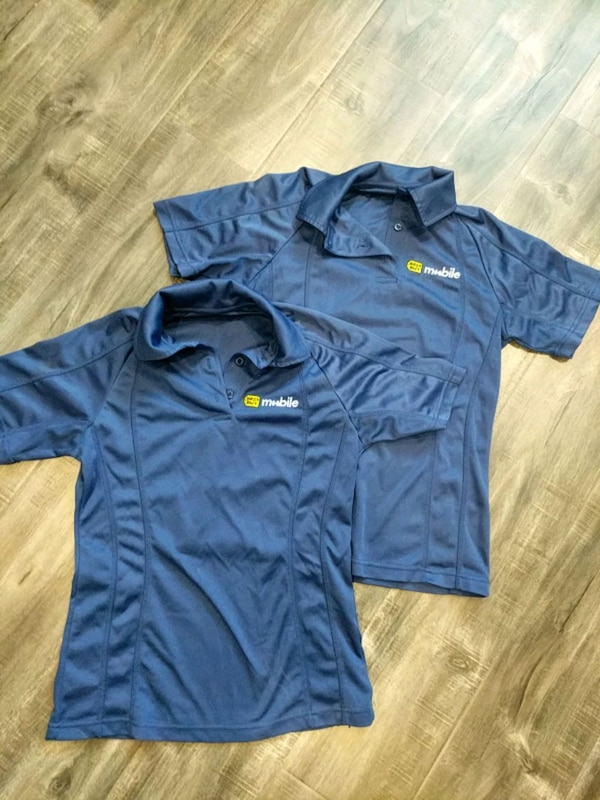 Used 2 Best Buy Mobile Shirts (womens XS) for sale in Cambridge - letgo bd8bdbde3e