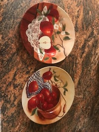 round white-and-red Apples printed ceramic plates North Myrtle Beach, 29582