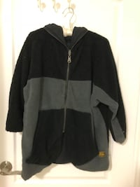 Black and gray zip-up hoodie Toronto, M2N 6V5