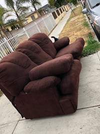Free pull out sofa bed!!  Inglewood, 90303