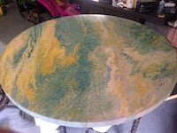 Acryllic poured table.