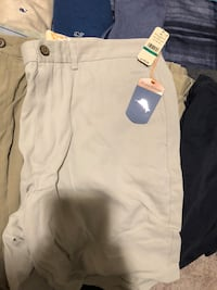 Like new cargo shorts size 36 Gerrardstown, 25420