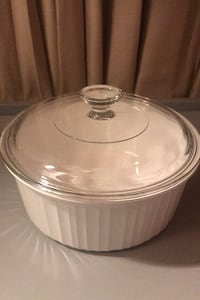 Corningware 2.5 liter casserole w/lid 8.75x3.5H CLEAN, NO CHIPS Chester Springs, 19425